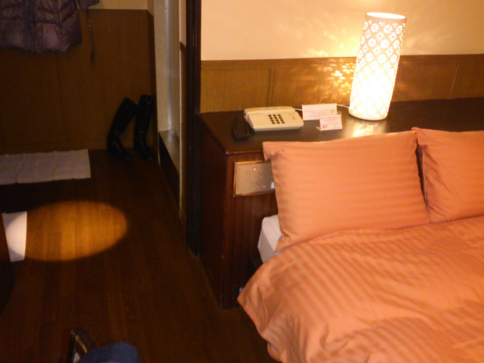ホテルなり
